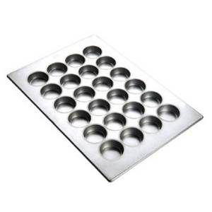 Focus Foodservice Texas Muffin Pan Holds 24 Muffins - 905265