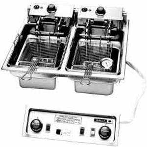 Wells Deluxe Built-In 30lb Dual Fry Pot Deep Fryer & Basket Lift - F-886