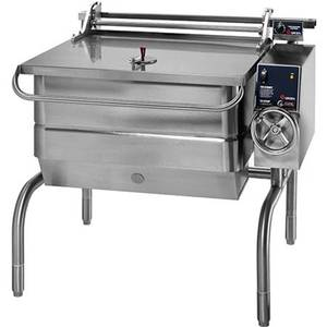 Groen BPM-40E Floor Model 40 Gal. Electric Tilting Skillet Braising Pan