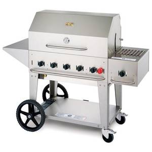 Crown Verity, Inc. 36in Stainless Steel Outdoor Charbroiler Grill Package - LP - MCB-36PKG-LP